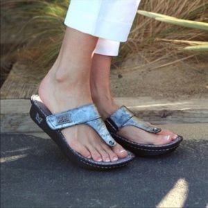Algeria Pewter Carina Sandals